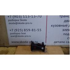 059145762BJ воздушный патрубок 3.0TDI ауди Q7